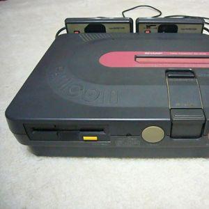 中古ゲームショップにクールなファミコンソフトが売ってたので思わず買ってしまった