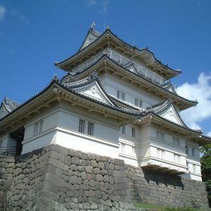 小田原城がWindowsの広告塔みたいになってるwww