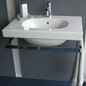 超スピードを要求されるトイレの手洗い器wwwww