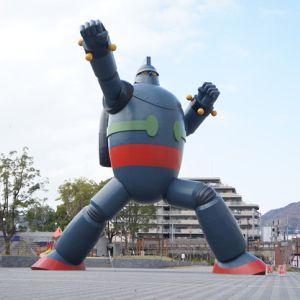 鉄人28号なんて、あんなロボットがあの単純なリモコンで自由に動くわけないじゃんと思ったんだけど…