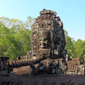 盗まれたスマホからカンボジアの日常が送られてくるんだがwwwww