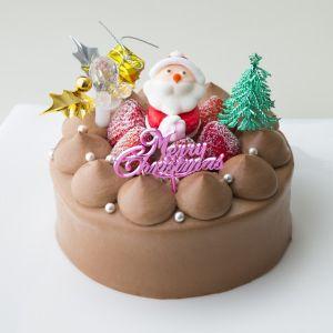 誕生日ケーキに車型のロウソクを乗せる場所がなかったので、横からねじ込んでみたら西部警察状態にw