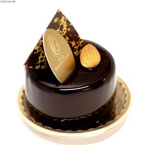 チョコレートバーが固すぎたので鍋で殴って砕こうとしたら……