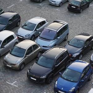 アパート探してたんだが…この駐車場、難易度高すぎだろwww