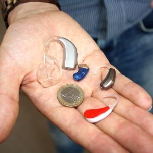 最近の補聴器がオーバースペックすぎる件wwwwwwwww