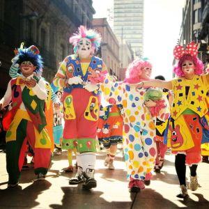東急ハンズで開催された「異形パレード」がカオスすぎるwww