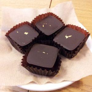 GODIVA「義理チョコやめよう」→ブラックサンダーの反応ww