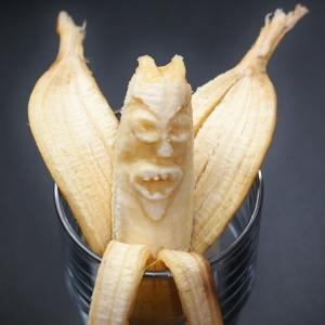 【閲覧注意】バナナを車の中に半日放置した結果…😨