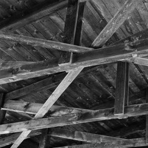 友人宅に泊まった翌朝、ふと天井を見ると…衝撃的すぎる光景が!