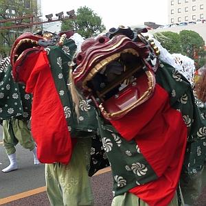 「今じゃ信じられない…」昭和における『獅子舞』はとんでもなく厄介な存在だった😨