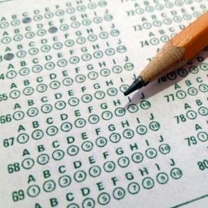 """小3娘の算数テストにひどい""""引っかけ問題""""が混じっていたww"""