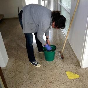 いつも雑な仕事しかしないマンション掃除のオバハン。今日は特に酷かったwww