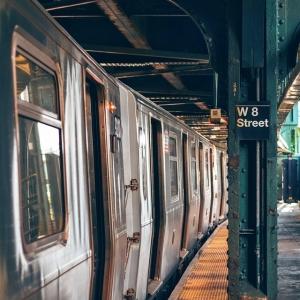 北海道のとある駅、寂れ具合がヤバすぎる…札幌から数駅とは思えない衝撃の光景!