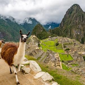 「南米とは思えない…」マチュピチュのふもとの風景が実に温泉街だと話題に