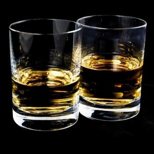 トップバリューのウイスキーってそんなマズいの…? 『万引き犯への警告』にツイ民総ツッコミw