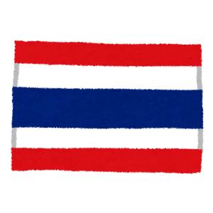 """【動画】タイの新年法要で座禅を組む僧侶にとんでもない""""珍客""""が襲いかかる😨"""