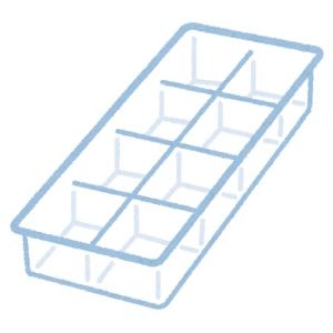 """【衝撃】""""インスタ映え""""するぜ! と思って買った「小魚型の製氷皿」。いざ飲み物に浮かべてみたら…😭"""