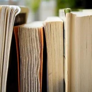 【驚愕】水没してヨレヨレになってしまった「紙の本」をほぼ完璧に復活させる方法があった!