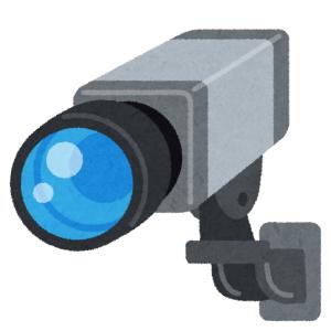 「これは撮るわ…」客の多くがなぜか監視カメラを撮影していく謎のコンビニが話題に😅