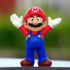 """【納得】昨年末にマックで売ってた「スーパーマリオのクリアファイル」が""""意外な理由""""で再ブレイクww"""